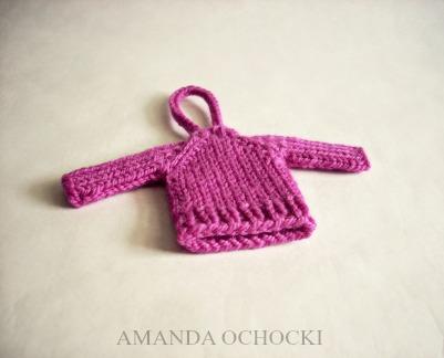 © AMANDA OCHOCKI + chalklegs tiny sweater cheers
