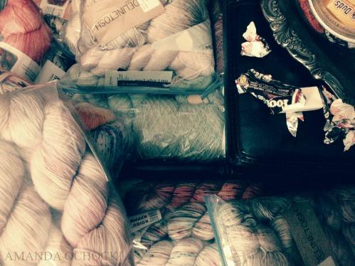 AMANDA OCHOCKI storage bag addicted yarn hoar on a tootsie binge